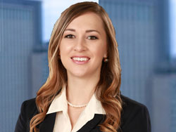 Schlueter, Mahoney & Ross, Associate Lyndsey Mott